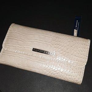 Ladies full size wallet